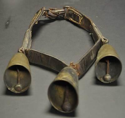 Altes Geläut -  3 Glocken mit Lederband,Ziege, Schaf - A Paris