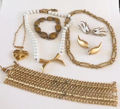 Vintage Todo Firmado Monet Joyería Lote Oro Ancho Pulsera Collar Pendientes Clip