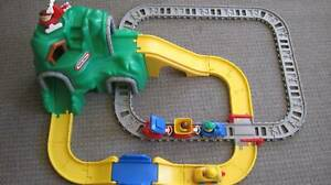 Little Tikes mountain road and train set