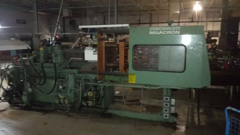 Cincinnati Milacron Injection Molding Machine 75 ton
