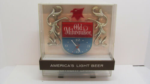 Vintage 1964 Old Milwaukee Premium Brewed Beer Electric Clock And Light