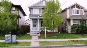 4 BED, 3 FULL/1 HALF BATH SINGLE FAMILY HOME IN CUMBERLAND