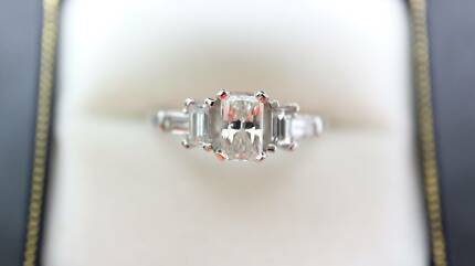 """Natrual Diamonds"" Just 4 Her. 18k 1.22ct Diamond Engagement Ring"