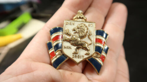 WWII Bundles for Britain England Large Pin Accessocraft
