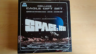 PRODUCT ENTERPRISE DELUXE EAGLE GIFT SET GERRY ANDERSONS SPACE:1999