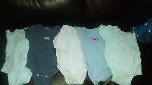 Onesies $4 all size 12-18 m