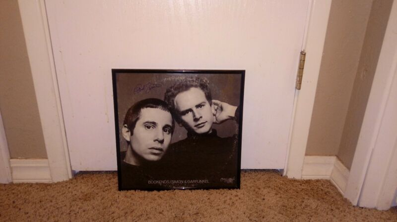 SIMON AND GARFUNKEL SIGNED LP ALBUM BOOKENDS PAUL SIMON AUTOGRAPHED FRAMED