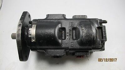 Parker Tandem Hydraulic Pump 7020120037 332-135609 Spline Shaft New