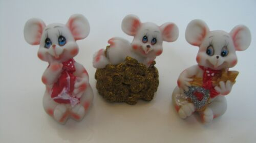 Rare Figurines three mice, ceramics,  1.8-2.1""