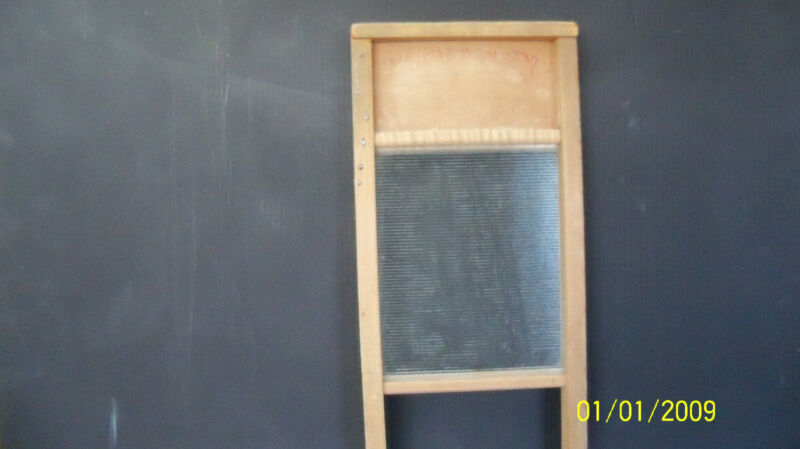 vintage /  antique   small wash board   glass