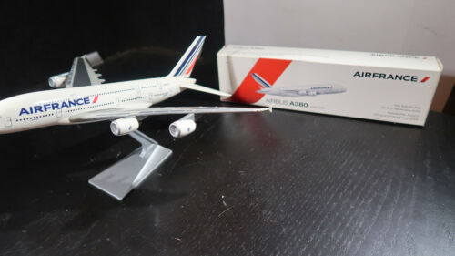 Socatec Airbus A380 Air France Desk Top Model 1:250 BOXED