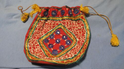 """VINTAGE HAND STICHED BEADED BAG  7"""" X 7"""" SIZE"""