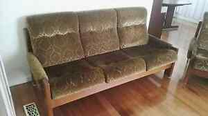 3 piece lounge suite PICK UP URGENT FREE Moorabbin Kingston Area Preview