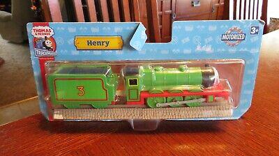 NEW 2006 Thomas & Friends Trackmaster Motorized Railway Train HENRY & TENDER