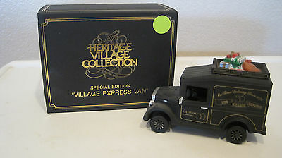 DEPT 56 - DICKENS LOT 2: VILLAGE EXPRESS VANS