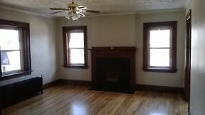 Large 1BR with Sunporch- $825 all inclusive