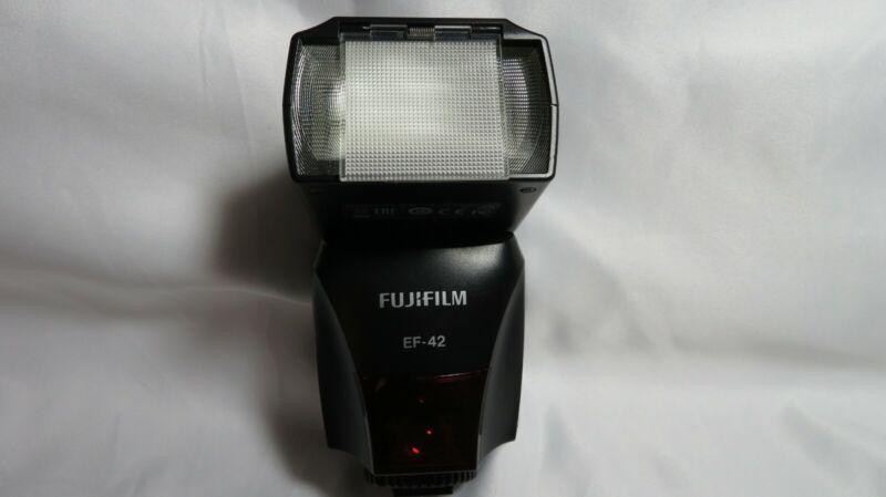 Fujifilm  EF-42 Shoe Mount Flash for  Fujifilm