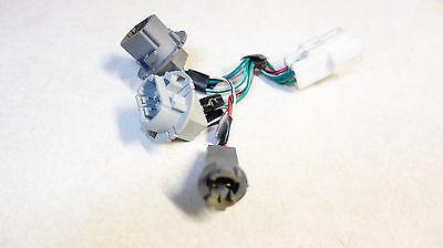 1997-1999 toyota camry us harness bulb socket tail light  panel oem 1b1375