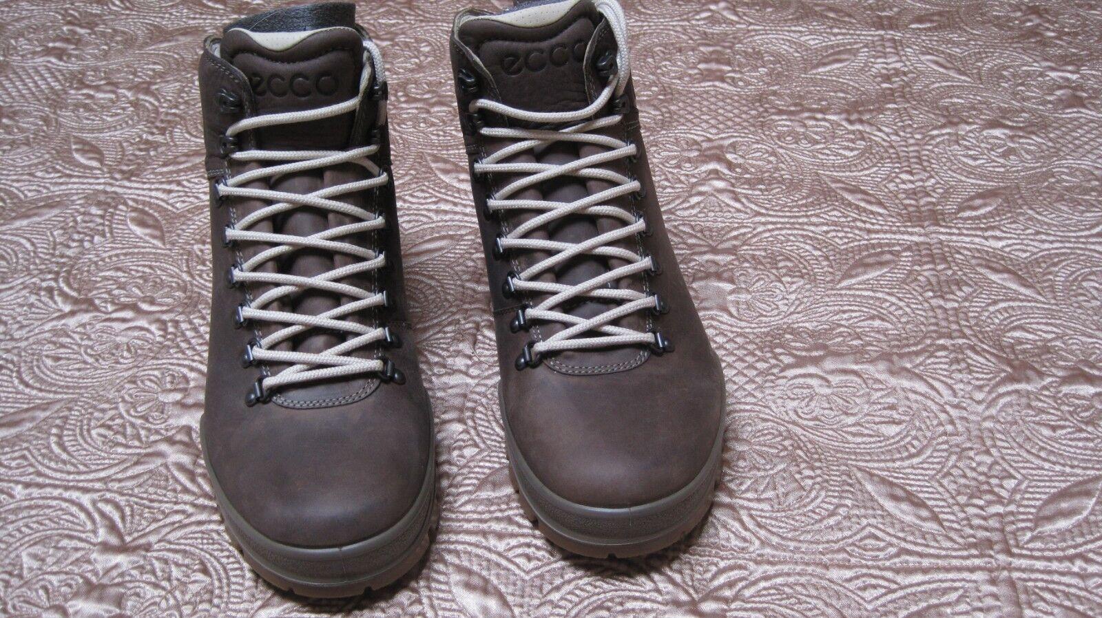 NIB Men's ECCO Track 25 Hydromax Mens Ankle Boots Brown size
