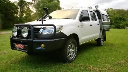 TOYOTA HILUX DUAL CAB UTE 4X4 D4D 2012 TURBO DIESEL AUTO  EXTRAS Brisbane City Brisbane North West Preview