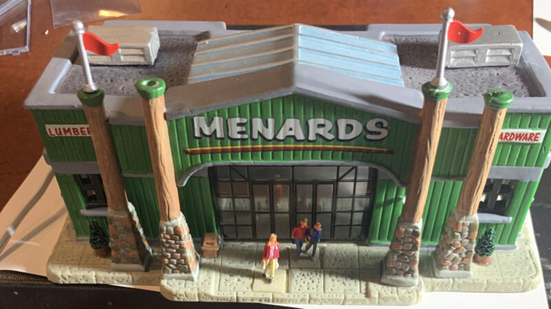 Lemax 2006 MENARDS Lumber Store Lighted Ceramic Christmas Village Building