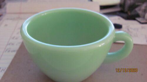 ANCHOR HOCKING FIRE KING JADITE HEAVY RESTAURANT COFFEE CUP