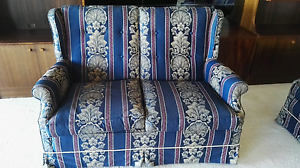 2 x 2 Seater arm chairs lounge suite Moorabbin Kingston Area Preview