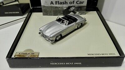 Minichamps 1/43 Mercedes-Benz 190 SL 1955 silver A Flash of Car with booklet