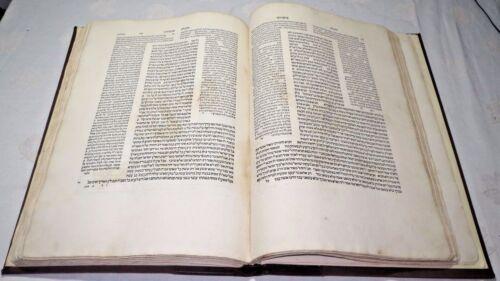 Babylonian Talmud - Tractate Menachot venezia Bomberg 1522 First Edition Hebrew