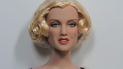 """Basic Marilyn Monroe As Lois Laurel 16"""" doll 2013 Tonner BW Starlet Body"""