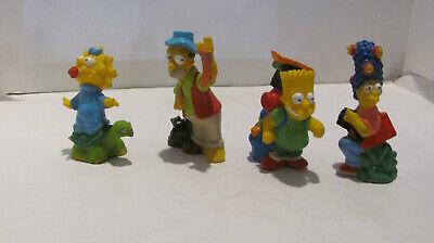 Die Simpsons 4 Figuren Homer, Marge, Bart und Maggie mit Tieren