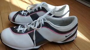 souliers golf pointure 8 NIKE