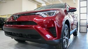 2018 Toyota RAV4 AWD LE Upgrade Package