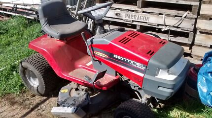 Murray sentinal automatic drive 14.5 hp RIDE ON MOWER Nyah West Swan Hill Area Preview