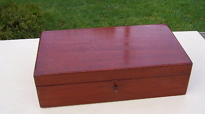 Vintage Mahogany Work Box / Sewing Box with lift out Tray, Working Lock and key