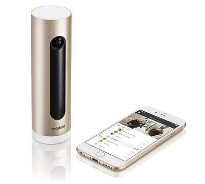 Die Netatmo Kamera ist mit dem Smartphone verbunden und erkennt, wer gerade das Haus betritt. (© Netatmo)