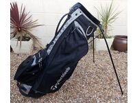 TAYLORMADE LIGHTWEIGHT STAND BAG, IN BLACK AND GREY- USED BUT IN EXCELLENT CONDITION
