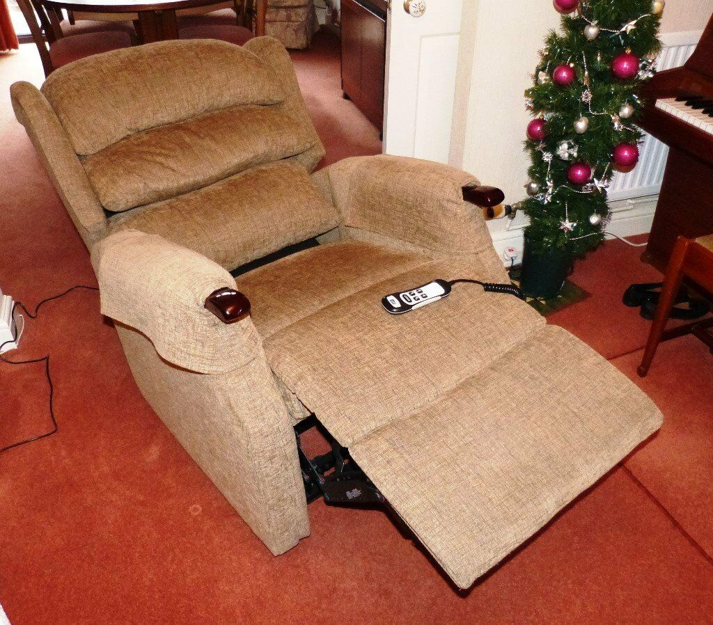 Powered 2 motor Rise and Recline Chair - Excellent Condition