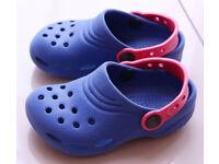 Boys Crocs Size 8/9