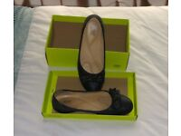Ladies Hotter Shoes black size 7