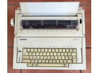 Brother AX 110 Electronic typewriter + orignal box and manual - spare & repairs