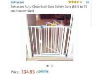 Auto shut gate