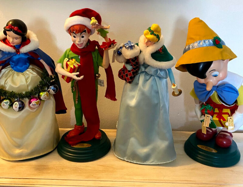 Disney Telco Animated musical wind up christmas figures set of 4