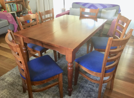 Dining Table Extendable Plus 6 Chairs