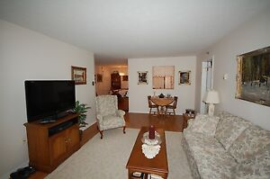 Beautiful 3 Bedroom at Lakecrest Estates Available NOW!