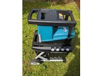 Makita Garden Electric Shredder UD500 wood tree branch cutting tool power