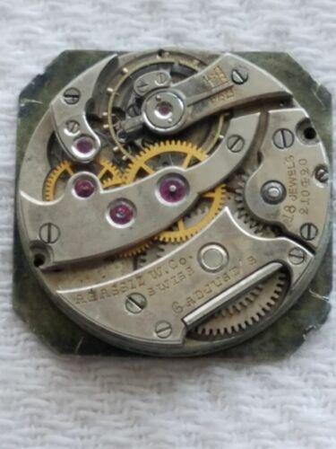 Selling a Used Vintage 18 Jewel 8 Ligne Agassiz  Wrist Watch Movement..........