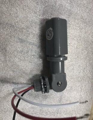 5 For 36.00 Stem Mount Photo Eye Control 120277 Vac Swivel Weatherproof