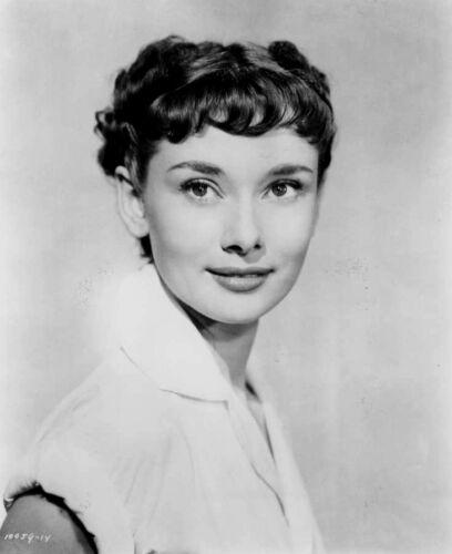 Audrey Hepburn 8x10 Celebrity Photo Picture Classic Close Up 4