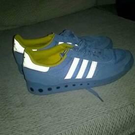 Size 5.5 adult addiidas trainers